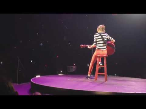 Taylor Swift: The RED Tour DVD - I almost do  Live in Tampa