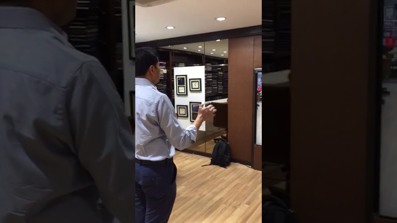 IOT ~ Champion Smart Mirror for Retail Showrooms