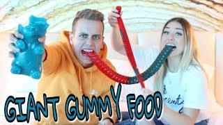 Die größten essbaren Gummi - Tiere der Welt 😱 😲  ( Giant Gummy Food )  | Julienco