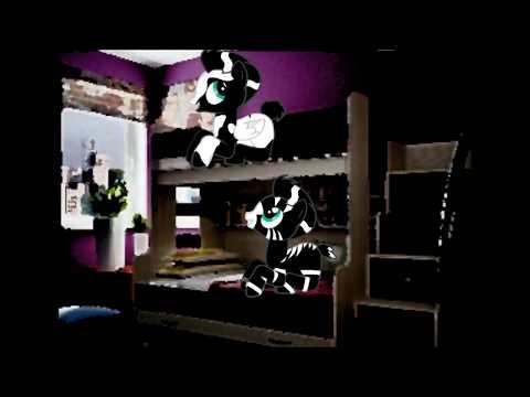 (пони-страшилка) двухэтажная кровать