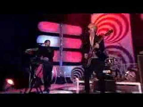DELAYS - Valentine (Live) - Top Of The Pops