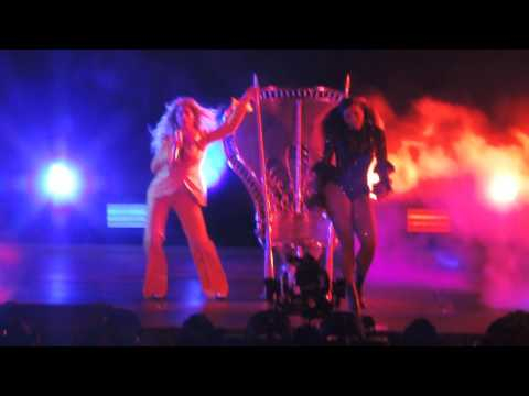Beyoncé - Sorry (with Serena Williams) (Live at MetLife Stadium)
