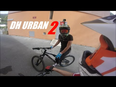 DH URBAN #2 ,AVEC 2 GOPRO , CRASH