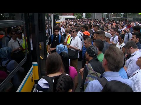 Power issue leads to delays, cancelled trains on MBTA Blue Line