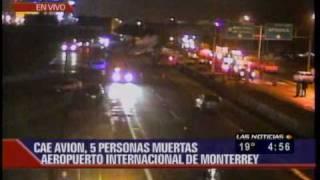 Se impacta un avion en Monterrey.wmv
