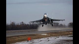 Посадка самолетов Южного военного округа на автодорогу в Ростовской области в рамках ЛТУ