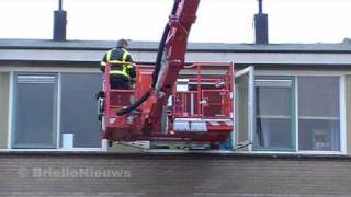 22/01/11 Afhijsing Schokker Brielle - 17-129 TS63-1 HW65-1