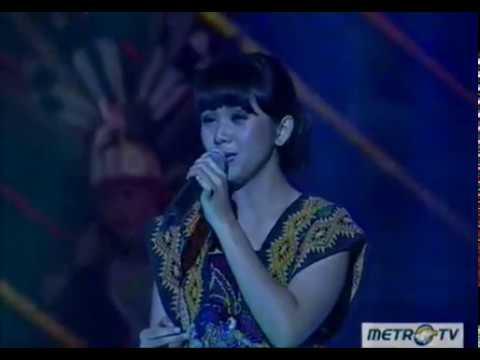 heboh!!!! lagu dayak kanayatn dinyanyikan di salah satu stasiun tv ternama di indonesia