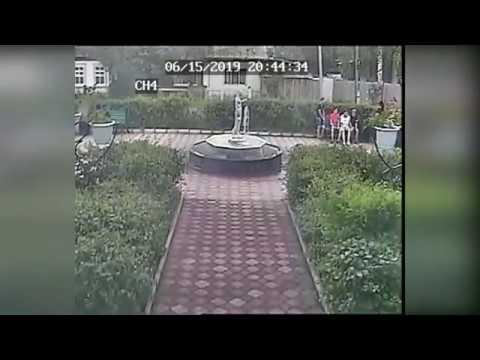 Драка у фонтана в Тайшете