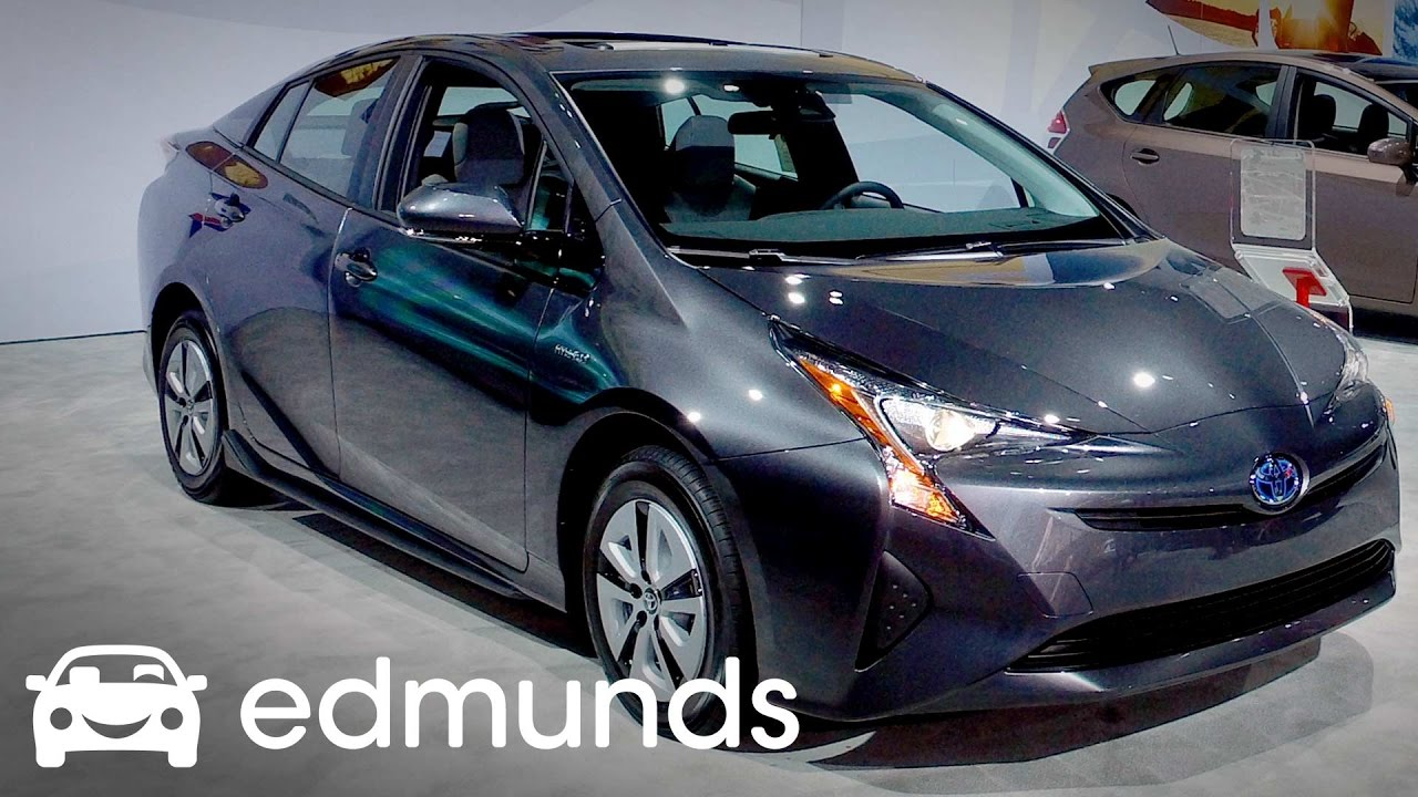 2017 Toyota Prius Review Features Rundown Edmunds