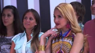 "Las chicas presentan ""Código Amistad"" | Momento Musical | Violetta"