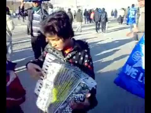 Iran South Tehran Kids making money by Singing famous song Soltan Ghalbha