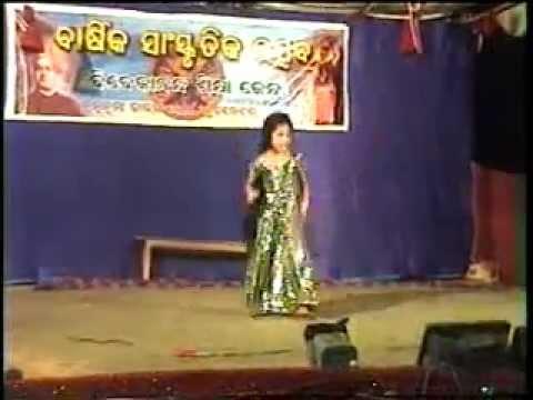 Annual function 2012 VSK dumuduma bhajan nrutya mayur chulia kanha.mpg