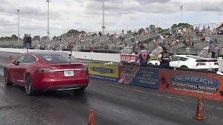 762 HP Tesla P90D vs 650 HP C7 Z06 Corvette - 1/4 mile Drag Race - Road Test TV