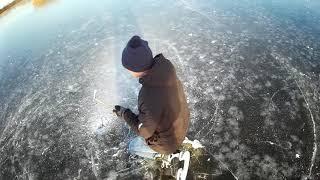 Риболовля на озері без вудки