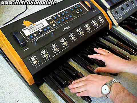 moog taurus 3 bass pedal synthesizer youtube. Black Bedroom Furniture Sets. Home Design Ideas