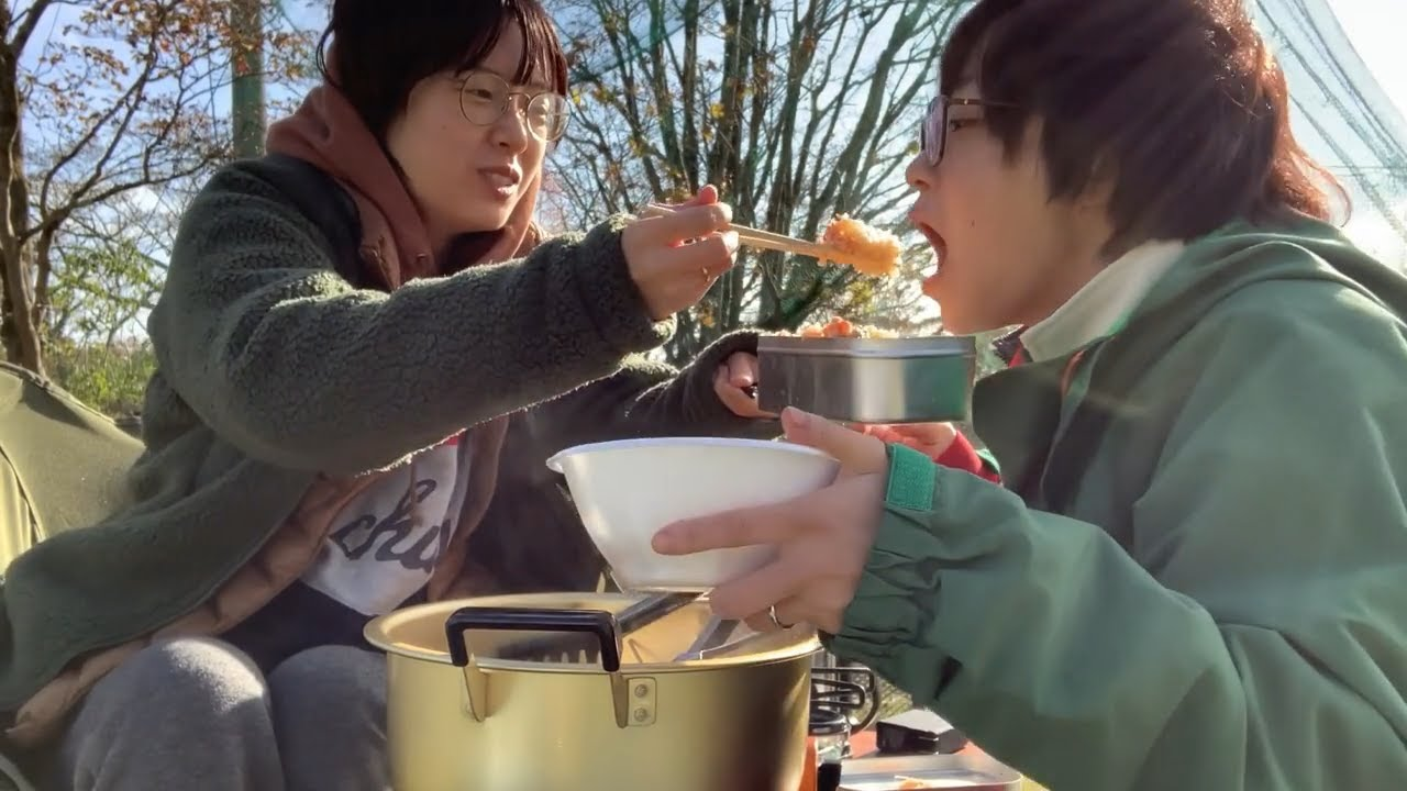 【キャンプ朝飯】昨夜のおでん出汁で炊き込む鮭ご飯で幸せが溢れる