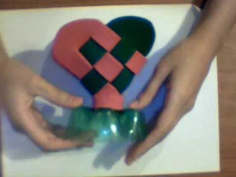 DIY: corazón tejido de foami con botella de plastico - YouTube