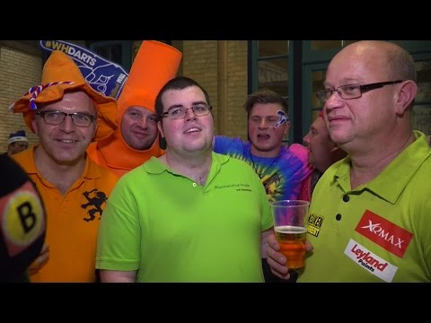 Teleurgestelde Brabantse dartsfans na de nederlagen van Jelle Klaasen en Raymond van Barneveld