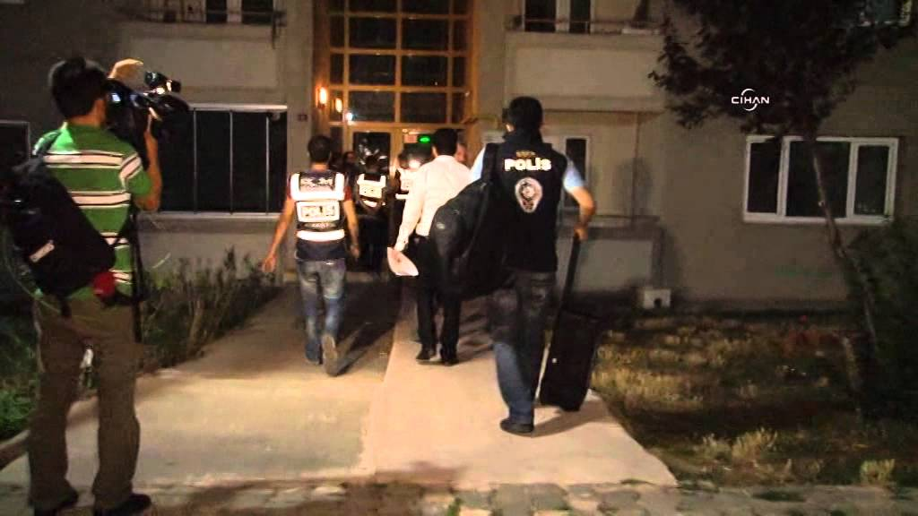 Türkei: Mindestens 55 Polizisten festgenommen - Turkey arrests more than 55 senior police officers 4