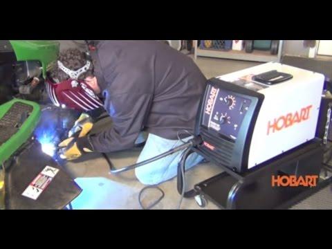 Hobart Handler 140 Flux-Core/MIG Welder 115V 140 Amp Model# 500559