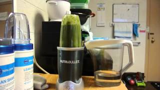 Make making a green smoothie Thumbnail