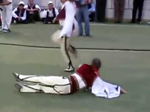Il ballo delle aquile - un simbolo albanese