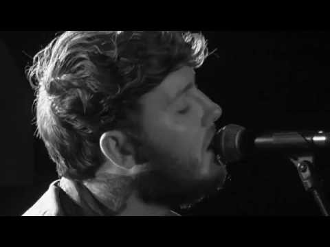 James Arthur ~Certain things ~ Acoustic ~ Budapest2016  ~Close up