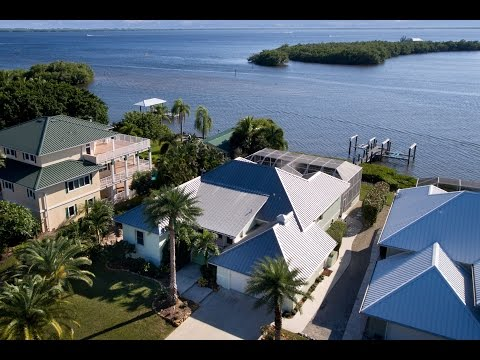 House for Sale - St James City, Florida
