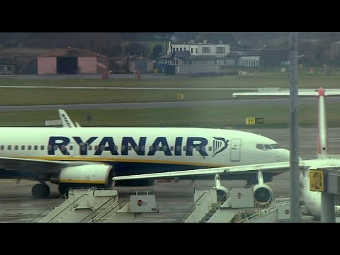 Irish Ryanair pilots walk out over low pay, poor working conditions