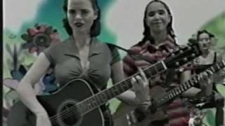 Aurora y la Academia - Juana YouTube Videos