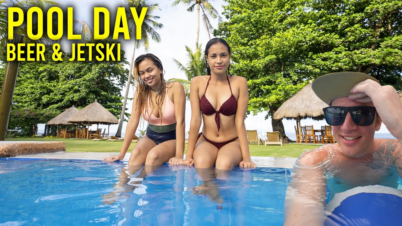 WET & WILD FILIPINAS - Never a dull moment with these two