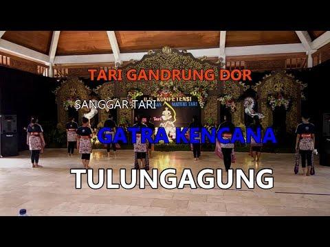TARI GANDRUNG DOR