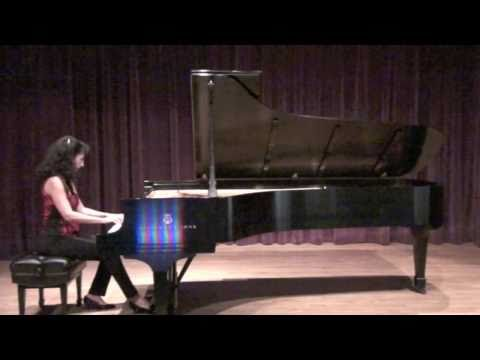 "Pianist Lisa Downing Performs ""God Rest Ye Merry Gentlemen"""