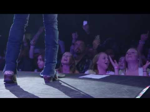 Justin Moore's 'Off The Beaten Path VIP Experience '