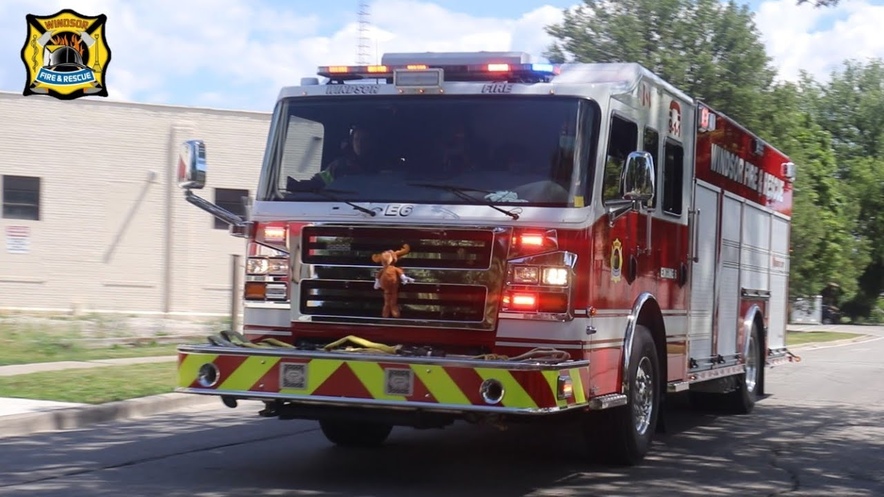Responding To Structure Fire - Windsor Fire, New E-6 Lights & Sirens