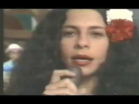 gal-costa-oracao-de-mae-menininha-show-india-1973-calulinho