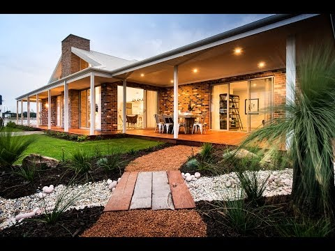 Driftwood - Country Farm House - Dale Alcock Homes