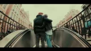 ГРУППА ПИЦЦА - Париж (Официальное видео)(СЛЕДИ ЗА АФИШЕЙ: http://pizzamusic.ru/afisha/ Замени гудок любимым треком группы ПИЦЦА! http://r.interakt.ru/pizza/ Покупай альбом..., 2013-06-17T14:29:00.000Z)