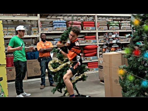 TACKLING CHRISTMAS TREES IN PUBLIC PRANK!