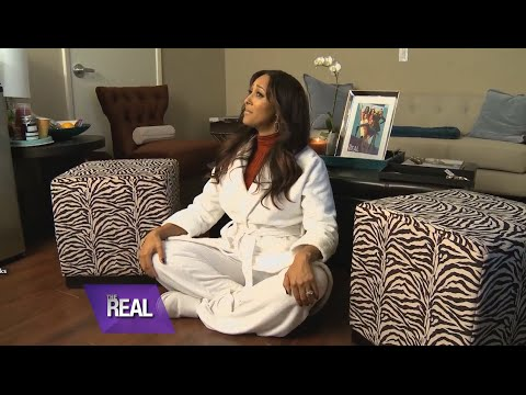 Tamera Gives a Backstage Tour of 'The Real'