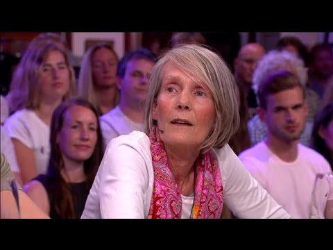 Hoe gaat het nu met de zoon van rauw-moeder Francis Kenter? - RTL LATE NIGHT