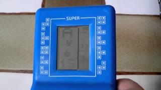9999 en 1 - Machine Tetris à deux balles ! (littéralement)