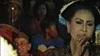 TAYUB TUBAN ENDANG (ALM) & MIRA, BENGAWAN SORE GELANG ALIT