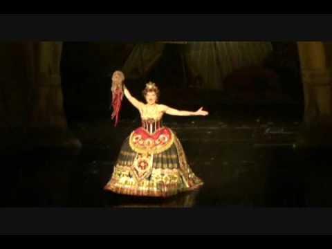 Comparing Carlotta's Cadenza in Hannibal