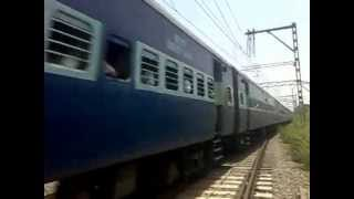 Chennai Express crossing ambarnath station.mp4
