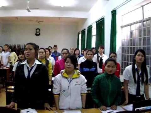 Trung cấp sư phạm mầm non đăk Lăk, Lớp A2.37 - Giờ học hát