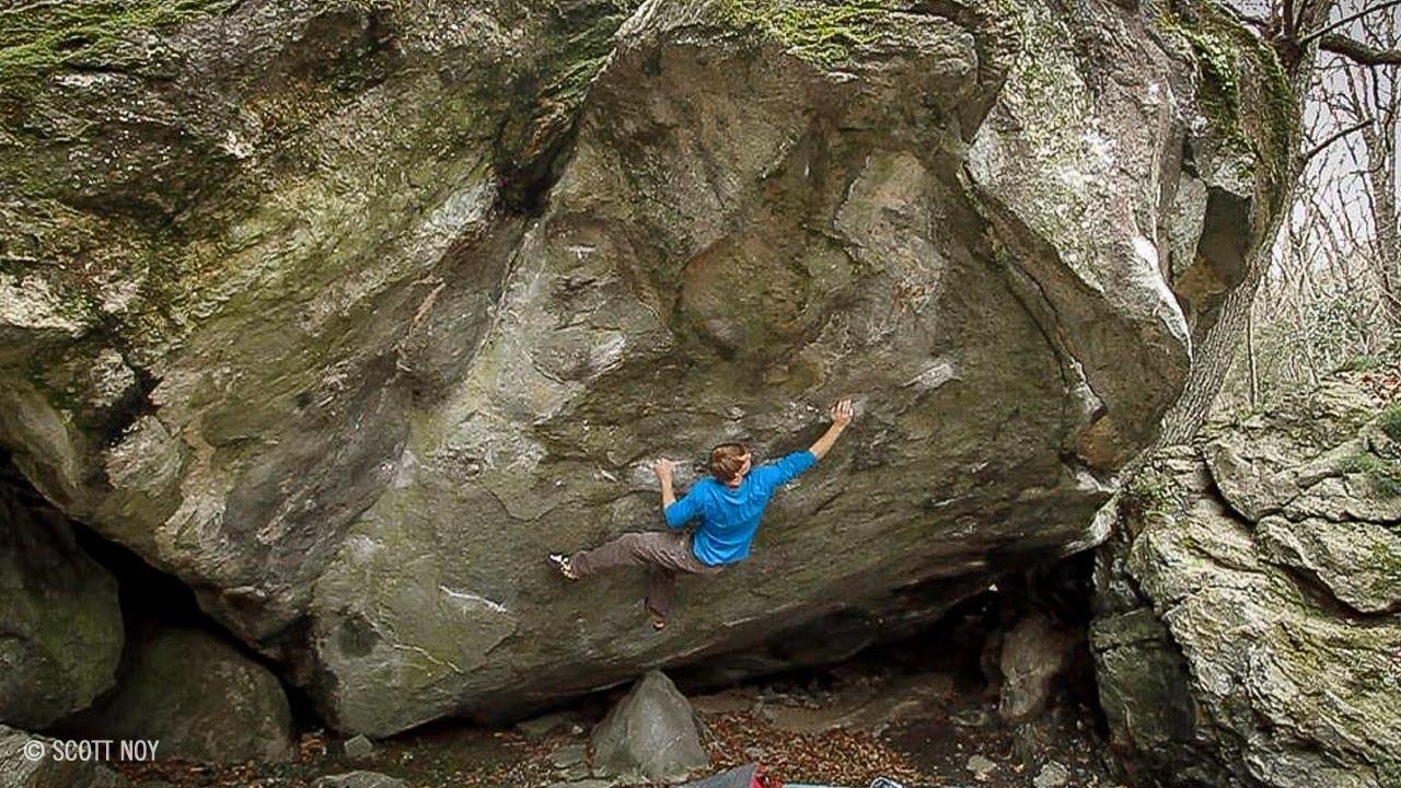Nalle Hukkataival Climbs Mega Boulder Problem Gioia 8C+/V15 | EpicTV  Climbing Daily, Ep  228