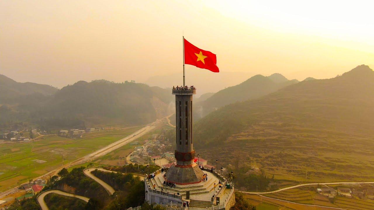 Cột Cờ Lũng Cú - Hà Giang - Vietnam _ Nơi địa đầu tổ quốc [ Flycam 4k ] -  YouTube