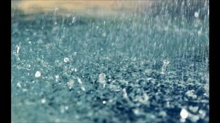 雨といえばこの曲。 傘もささず雨を見上げるほど 激しく心乱される恋を ...